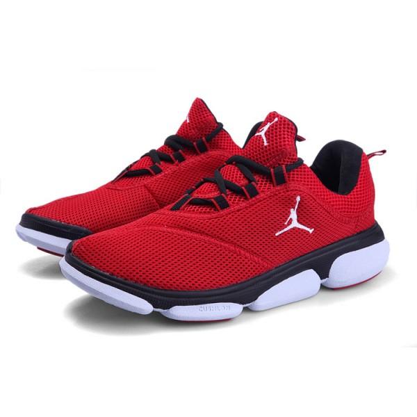 chaussure de basket jordan rouge